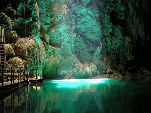Cavernas -  espalhadas pelo mundo Bonito-ms-Img-abismo-anhumas-54185640gd
